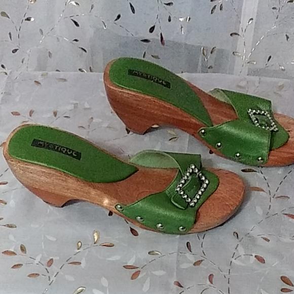 Mystique Boutique Shoes - Mystique green wedge sandals